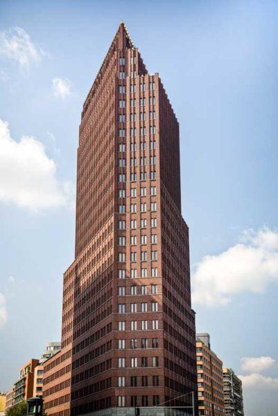 Sanierung einer Denkmalgeschützten Klinkerfassaden Kollhoff Tower Dwuzet Fassadentechnik