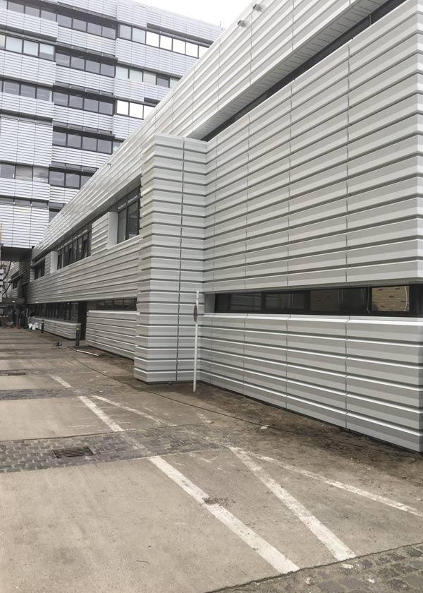 Fassadensanierung Wärmedämmung TU-Berlin Dwuzet-Fassadentechnik Seitenasicht